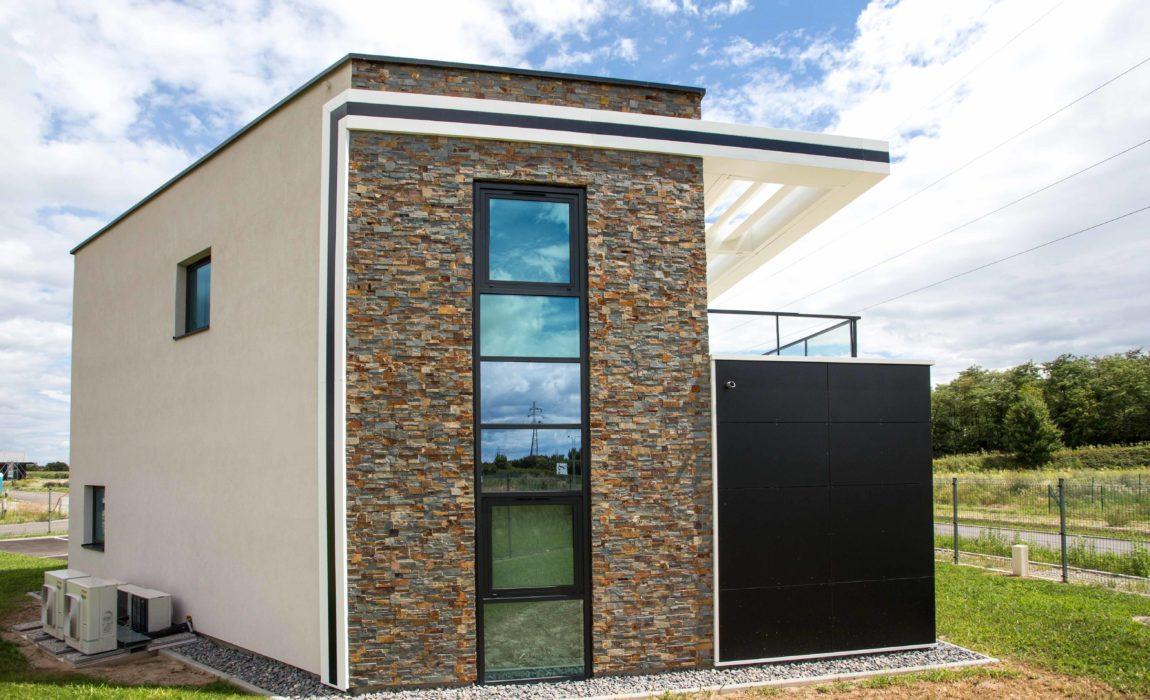 lcr les constructeurs r unis crisalid. Black Bedroom Furniture Sets. Home Design Ideas
